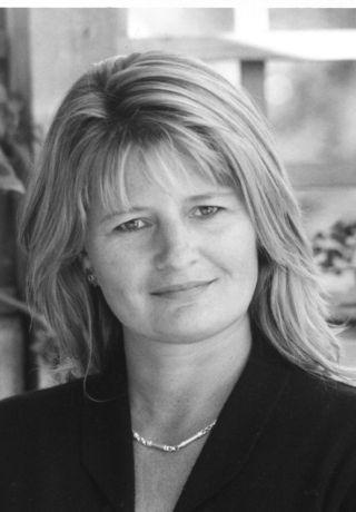 Miriam Moss writer
