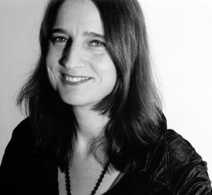 Naomi Foyle writer