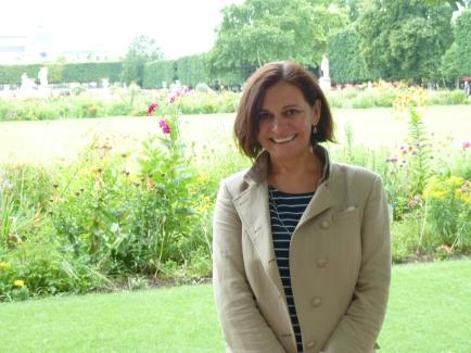 Sarah Salway writer